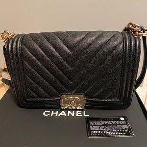 CHANEL Bags - Chanel old medium boy caviar chevron 19s